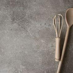 Ett av våra fina laminat, 6060D Beige Belmont. Ett tips till dig som vill ha en lite ruff men ändå varm känsla på din bänkskiva. Finns även som brun och grå. #lgcollection #lgcoll #laminat #bänkskiva #bänkskivor #kök #köksinspiration #inredning