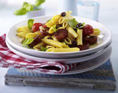 Unser beliebtes Rezept für Lauwarmer Penne-Chorizo-Tomaten-Salat mit Erdnüssen und Basilikum und mehr als 55.000 weitere kostenlose Rezepte auf LECKER.de.