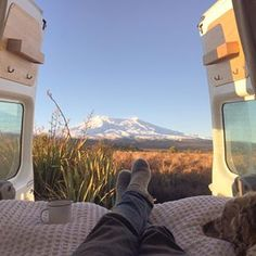 Living and surfing in New Zealand 🇳🇿 Working on the final stages of my Ford Transit campervan 🚐 Currently surf tripp'n in Portugal 🇵🇹