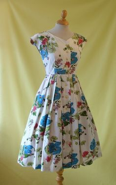 REDUCED 1950s Day Dress / 50s Sun Dress / by HepCatVintageUK