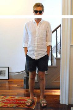 drag to resize or shift+drag to move Preppy Men, Preppy Style, Birkenstock Outfit, Hawaii Outfits, Moda Formal, Summer Outfits Men, Casual Wear For Men, Poses, Birkenstocks