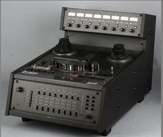 """Otari MX5050 1/2"""" 8 Track - www.remix-numerisation.fr - Rendez vos souvenirs durables ! - Sauvegarde - Transfert - Copie - Digitalisation - Restauration de bande magnétique Audio - MiniDisc - Cassette Audio et Cassette VHS - VHSC - SVHSC - Video8 - Hi8 - Digital8 - MiniDv - Laserdisc - Bobine fil d'acier - Digitalisation audio"""