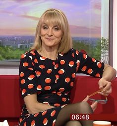 Beautiful Red Hair, Stunning Girls, Gorgeous Women, Beautiful Females, Bbc Wife, Female News Anchors, My Tights, Photography Movies, Holly Willoughby