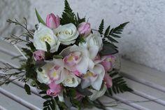 pretty in pink http://wanakaweddingflowers.co.nz/gallery.php