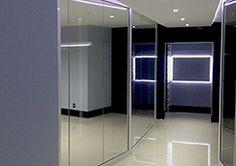 Projeto e Reforma integral de escritorio no Edificio Italia. Detalhe do ingresso.