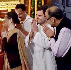 A very telling picture of Finance Minister Jaitley with Sonia and Rahul Gandhi