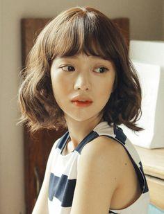 Whole wig Medium) Sunny Perm (supreme Yarns) Haircuts For Medium Hair, Medium Short Hair, Short Curly Hair, Medium Hair Styles, Short Hair Styles, Hair Inspo, Hair Inspiration, Korean Short Hair, Ash Blonde Hair