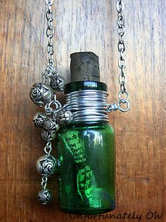 easy DIY bottle necklace tutorial - great for Steampunk