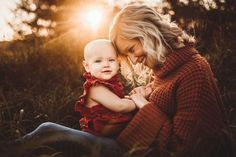 Family Photos With Baby, Outdoor Family Photos, Fall Family Photos, Outdoor Baby Pictures, Family Pics, Outdoor Family Portraits, Fall Pictures Kids, Mommy And Baby Pictures, Big Family