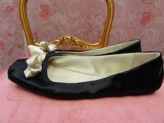 KATE SPADE NEW YORK  BLACK SATIN BALLET FLATS WITH WHITE BOWS SIZE #katespadenewyork #BalletFlats