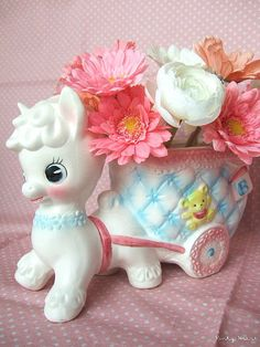 So cute! Pony & Cart Kitschy Figurine. I would definitely pick this up at a garage sale if I saw it.