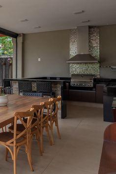 Home Design Decor, Diy Home Decor, House Design, Outdoor Bbq Kitchen, Outdoor Kitchen Design, Interior Design Living Room, Patio Tiles, Patio Makeover, Interior Architecture
