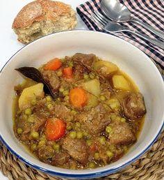 Recetas para comer con cuchara. Guisos deliciosos que ha recopilado en este post la autora del blog El Cuaderno de Recetas.