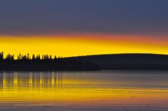 Sunset in Kittilä, Finland by Marjo Vaarala Beautiful Sunset, Beautiful Places, Lappland, Forest Painting, Landscape Pictures, Heaven On Earth, Helsinki, Beautiful Landscapes, Nostalgia