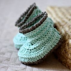 Free Crochet Pattern - Baby Moccasins from the Baby booties and ...