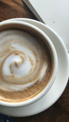 Lots Of Coffee Facts Tips And Tricks 5 – Coffee But First Coffee, I Love Coffee, Hot Coffee, Coffee Break, Morning Coffee, Coffee Cafe, Coffee Drinks, Coffee Shop, Drinking Coffee
