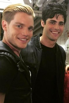 I just love these two....I'm ready for #Shadowhunters !!!!! - Dominic Sherwood - Jace Wayland and Matthew Daddario	 (Alec Lightwood)
