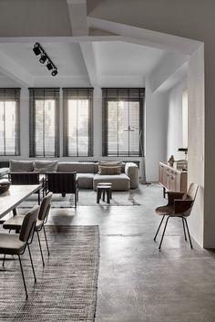A monochrome apartment in Vienna