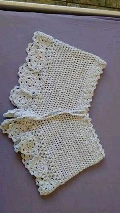 Best 12 lace shorts / white crochet shorts / crochet by senoAccessory – SkillOfKing. Shorts Tejidos A Crochet, Crochet Pants, Crochet Skirts, Crochet Blouse, Crochet Clothes, Mode Crochet, Crochet Diy, Crochet Woman, Dishcloth Crochet