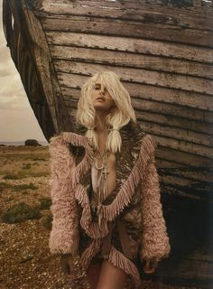 Love Me Tender – Miguel Reveriego photographs model Lisanne de Jong for the latest issue of Harper's Bazaar UK. With wild, windswept hair by Neil Moodie and a nude lip by Dele Olo, Lisanne bundles up in a cold, seaside setting. Stylist Vanessa Coyle contrasts wild textures and nomadic textiles with a soft palette, with selects from Fendi, Dior, Diesel Black Gold, Etro, Prada, Hermès, James Long, Natalia Brilli and others.
