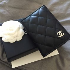 Chanel Card Holder Just sharing my new card holder in silver hardware! CHANEL Accessories Key & Card Holders