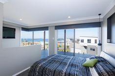Imagine waking up to a view like that 🏡😍  #Davidreidhomesaus #customhomebuilders #customdesigned #homebuilders #bedroomdesign #custombuilders #dreamhome #homeinspiration #bedroominspiration