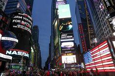 Times Square, de nuit #NY ©Salaün Holidays