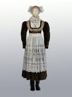 Women's Costume gala. Czechs. Neighborhood of Pilsen. Middle of the XIX century