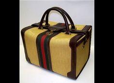 779f8a402d2ed Vintage Gucci Traincase Gucci Bags, Gucci Gucci, Vintage Gucci, Train Case,  Luxury