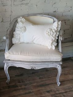 Pillow shabby chic rustic French country decor idea. ***Pinned by oldattic*** by pkorina