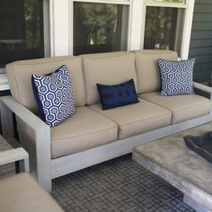 Make an outdoor couch like this one for a fraction of the price! - www.thehandymansdaughter.com