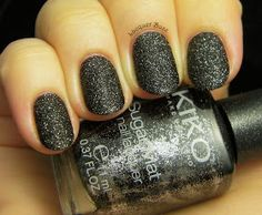 Lacquer Buzz: Kiko Sugar Mat 646. Textured nail polish.