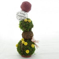YaU Concept _ YaU flowers _ catalog yau craciun 2011_Christmas tree #christmas #christmasdecor #holiday #christmasdecorations #yauconcept #yau #christmastree #tree  #modernchristmas