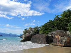 Conheça a cidade de Ubatuba – SP  ★  Comecemos então a falar das coisas boas de Ubatuba. Primeiramente, o município tem exatamente 70 diferentes praias. Ou seja, se você gosta de areia, mar, uma cervejinha e camarão...  Saiba mais ✈ http://viagens.vejapixel.com.br/dicas/destinos/america-do-sul/brasil/conheca-a-cidade-de-ubatuba-sp/