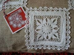 . Hardanger Embroidery, White Embroidery, Embroidery Patterns Free, Embroidery Needles, Tenerife, Chicken Scratch Embroidery, Drawn Thread, Thread Work, Lacemaking