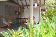 Cabin in San Ignacio, Belize. My place is close to art and culture and restaurants and dining, With San Ignacio Town Centre only a 15 minute walk and Maya Ruins 20 minutes by foot.You'll love my place because of the coziness, fully self catering with your own private kitchen &... - Get $25 credit with Airbnb if you sign up with this link http://www.airbnb.com/c/groberts22