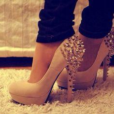 Cute #studded #shoes I REALLY LIKE SPIKES!!!!