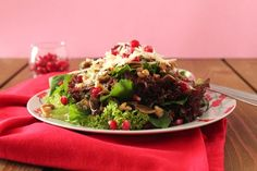 Σαλάτα με μανιτάρια, καρύδια και ρόδι Pomegranate Salad, Salads, Stuffed Mushrooms, Mexican, Keto, Ethnic Recipes, Pomegranates, Food, Food And Drinks