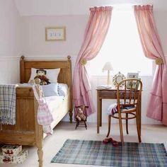 Habitación De Niña Con Mobiliario Rústico Y Tonos Pastel U2022 Little Girlu0027s  Bedroom, Rustic Furniture