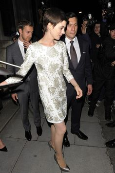 Anne Hathaway Photo - Tom Hardy seen at the premiere after party held at the Freemason's Hall in Covent Garden in London
