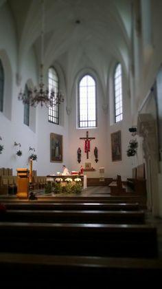 Przygotowanie. Wnętrze kościoła św. Jacka na Freta w Warszawie, fot. Dorota Filipek-Mierosławska #dominikanie #konkurs #4poryroku
