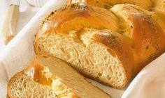 Feiner Hefezopf Rezept: Ein lockerer Hefezopf zum Frühstück oder Osterbrunch - Eins von 7.000 leckeren, gelingsicheren Rezepten von Dr. Oetker!