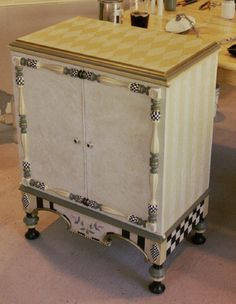 Hand Painted Furniture by Kate Gillery at Briar Cottage Studio http://briarcottagestudio.blogspot.com/ Hand painted chest