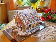Perníková chaloupka Cooking, Desserts, Gingerbread Houses, Food, Xmas, Kitchen, Tailgate Desserts, Deserts, Essen