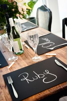 Personalise your dinner setting and write your guests' names on these fabulous Chalkboard Placemats. Or use them as a game board or a place for kids to draw and learn at the dinner table.