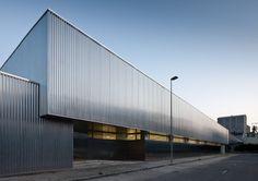 Sede de Servicio Público de Empleo Estatal/ Unia Architectos