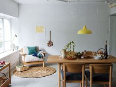 little hits of color Interior Styling, Interior Decorating, Interior Design, Style At Home, Eames, Cosy Room, Living Styles, House Rooms, Sweet Home