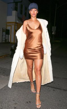 #Rihanna #giorgiobaldi #copper-dress #casual