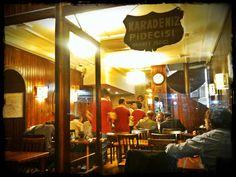 Fatih Karadeniz Pidecisi - İstanbul  *Restaurant for Black Sea Region style Pide