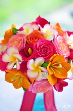 Wedding Bouquet Guide#Tropical Wedding ... Wedding ideas for brides & bridesmaids, grooms & groomsmen, parents & planners ... https://itunes.apple.com/us/app/the-gold-wedding-planner/id498112599?ls=1=8 … plus how to organise an entire wedding, without overspending ♥ The Gold Wedding Planner iPhone App ♥